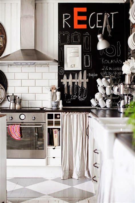 edgy kitchen  chalkboard wall homedesignboard