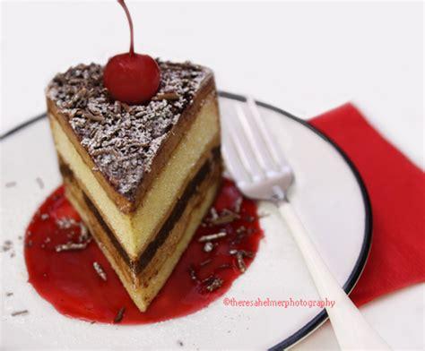 Elmer Tiramisu By Dazzlingdee elmer the cake ideas and designs