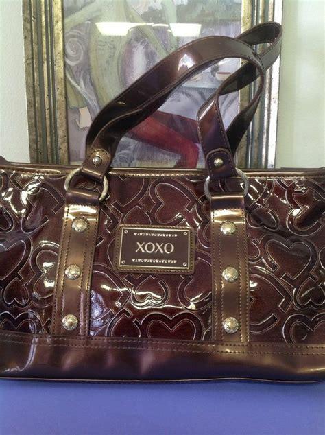 xoxo purse shiny brown vinyl carved hearts designer