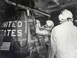 John Glenn enters his space capsule: NEN Gallery