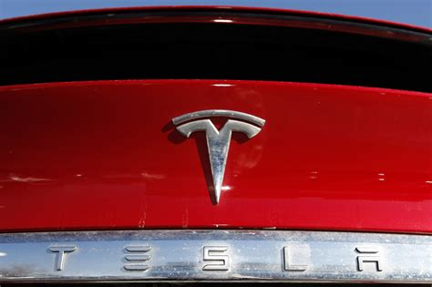 Tesla boosts turbocharged stock with plan for 5-for-1 ...
