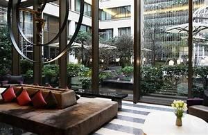 Hotel Mandarin Paris : the impressive lobby picture of mandarin oriental paris ~ Melissatoandfro.com Idées de Décoration