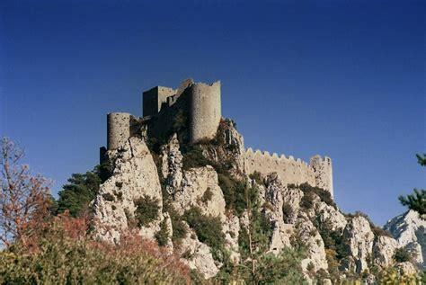 hotel avec dans la chambre midi pyrenees puilaurens château audois aux temps des cathares 3 ème