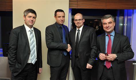 siege banque rhone alpes banque rhône alpes un nouveau directeur à l agence lyon