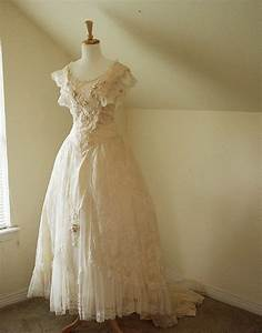 17 best images about civil war era dress on pinterest for Civil war style wedding dresses