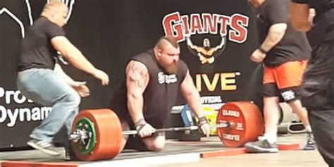 usai angkat beban 1 2 ton pembuluh darah si atlet meledak dream co id