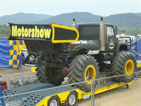 batman monster truck videos 1024px