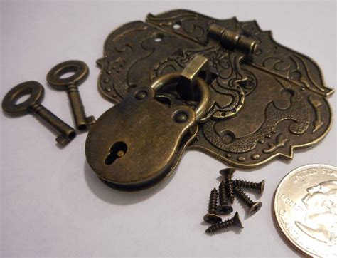 small chest hasp  lock  keys reproduction jewelry