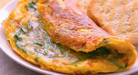 bouillon blanc en cuisine entrée ou plat l omelette aux asperges sauvages est parfaite