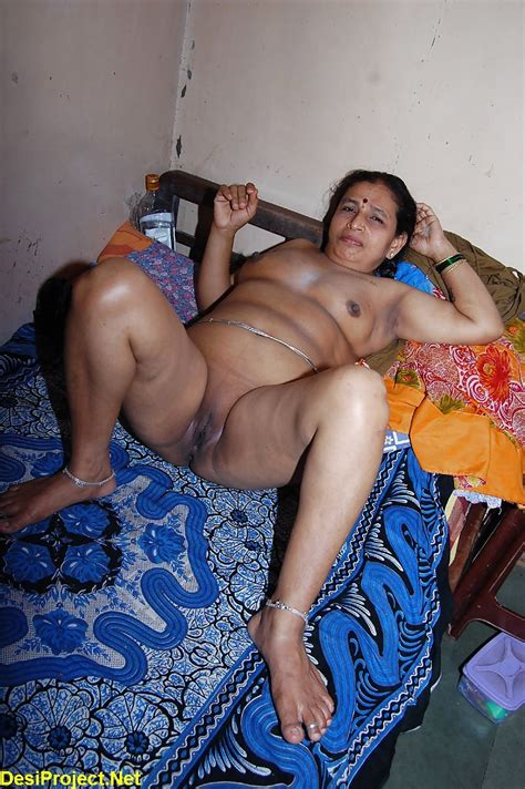 A89bwvjjkq6n  Porn Pic From Mature Indian Aunty With