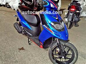 Aprilia Sr 125 : aprilia sr 125 to be launched soon in india spotted at dealership drivespark news ~ Medecine-chirurgie-esthetiques.com Avis de Voitures