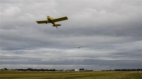 Geelong Gliding Club - Aerotow Launches