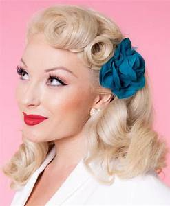 Coiffure Année 50 Pin Up : la coiffure pin up en plusieurs photos et vid os ~ Melissatoandfro.com Idées de Décoration