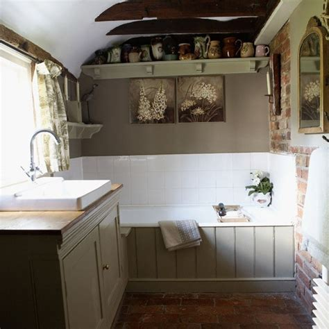Country Bathroom Decorating Ideas by Small Country Bathroom