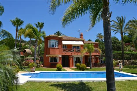 properties villas townhouses apartments for sale malaga