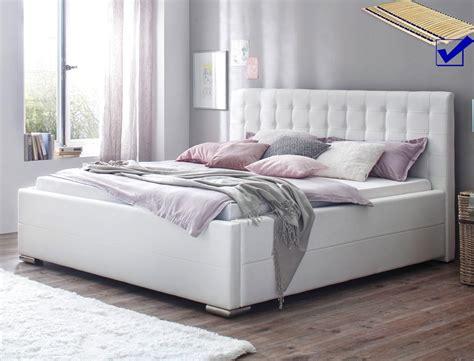 bett bettkasten 180x200 polsterbett toni 180x200 kunstleder wei 223 bettkasten lattenrost bett wohnbereiche schlafzimmer