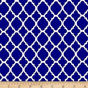 Quatrefoil Royal/White - Discount Designer Fabric - Fabric.com