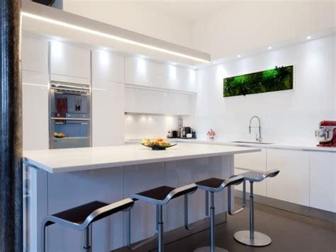cuisine blanche avec ilot central ilot central cuisine brico depot ilot de cuisine kijiji