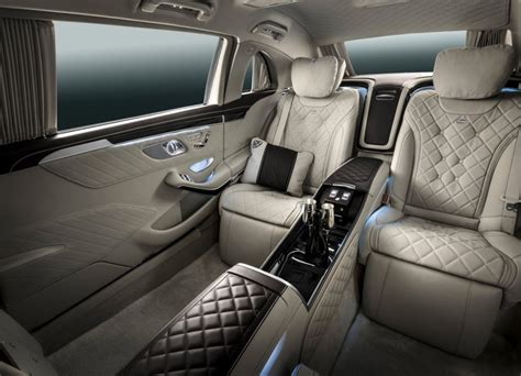 See more ideas about mercedes 600, mercedes, pullman. mercedes-maybach-s600-pullman-interior (3) - Periodismo del Motor