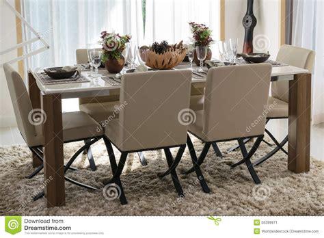 chaises confortables chaises modernes confortables idées de décoration
