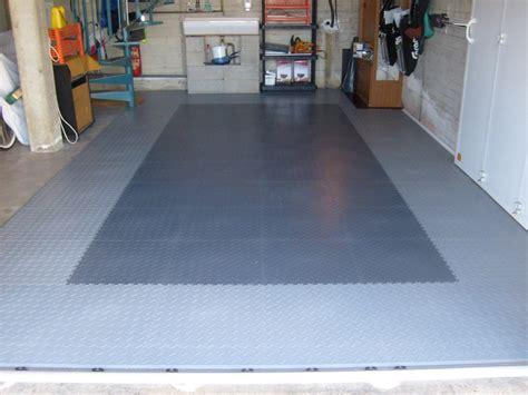 pvc garagenboden mit klicksystem aus fliesenplatten pvc