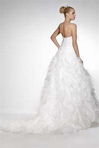 strapless slim fit organza wedding dresses model by With slim wedding dresses