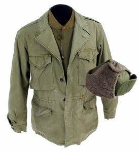 This is the type of cold weather gear worn by soldiers ...
