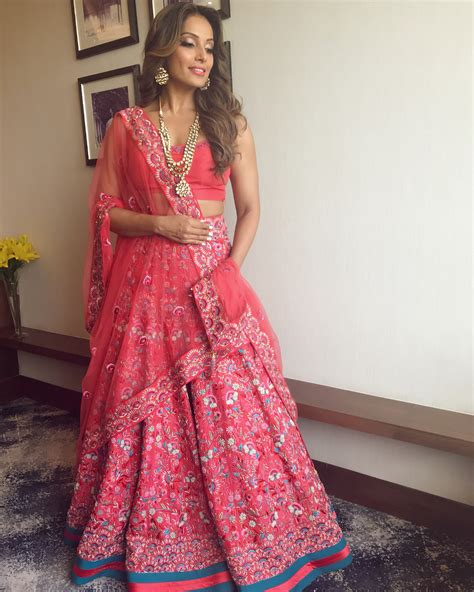 Bridal Lehenga Draping - 8 fabulous ways to wear your bridal lehenga again