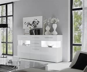 Tv Sideboard Weiß Hochglanz : die besten 25 sideboard weiss hochglanz ideen auf pinterest tv m bel mit r ckwand tv m bel ~ Orissabook.com Haus und Dekorationen