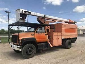 Gmc 7500 Forestry Bucket Truck  2002    Bucket    Boom Trucks