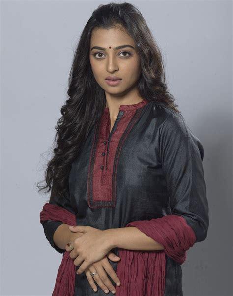 sab sexy actress radhika apte latest cute photo gallery