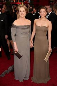 Meryl Streep's look-a-like daughters front new fashion ...