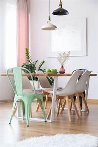 comment depareiller vos chaises pour etre tendance le mag With salle À manger contemporaine avec objet deco scandinave