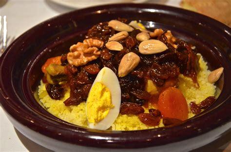 cuisine traditionnelle marocaine hôtel sahrai à fès le luxe à mi chemin entre tradition et