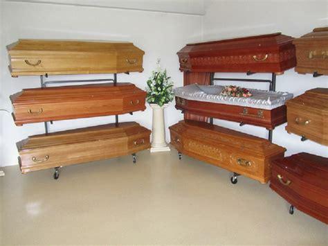 chambre mortuaire cercueils urnes lanternes pompes èbres bongard
