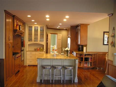 Show Me Kitchen Cabinets by Show Me Your Stained Wood Cabinets With Wood Floors