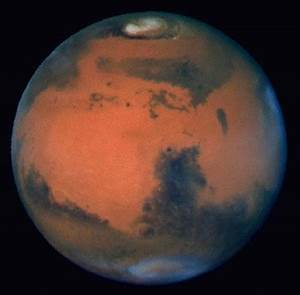 Hubble Space Telescope Images of Mars