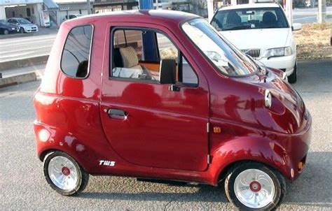 New Small Electric Car by Small Japanese Company Selling Built Home Made