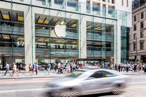 police evacuate sydneys apple store updated gizmodo