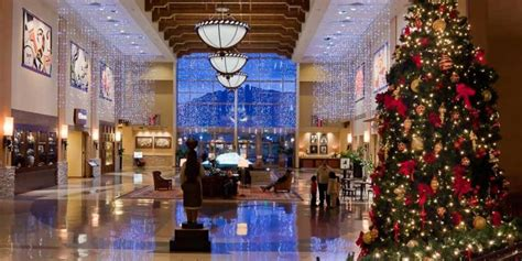 commercial christmas decorating services  northport