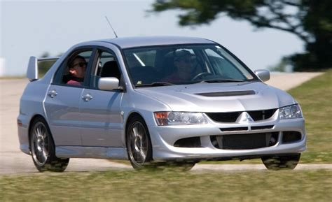 mitsubishi evolution 2005 2005 mitsubishi lancer evolution viii photo