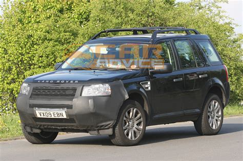 land rover freelander 1 2011 land rover freelander 2 facelift spied photos 1 of 6