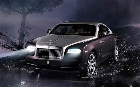 rolls royce wraith review pictures price   time