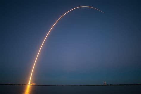 rocket launch night trajectory  photo  pixabay