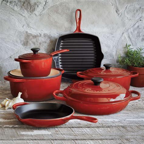 creuset le cookware piece sur table chef kitchen iron cast sweepstakes holiday signature sets pots pot shelves surlatable pans mr