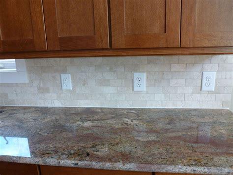 kitchen improvement ideas subway tiles bathroom grey leather sofa wall mounted