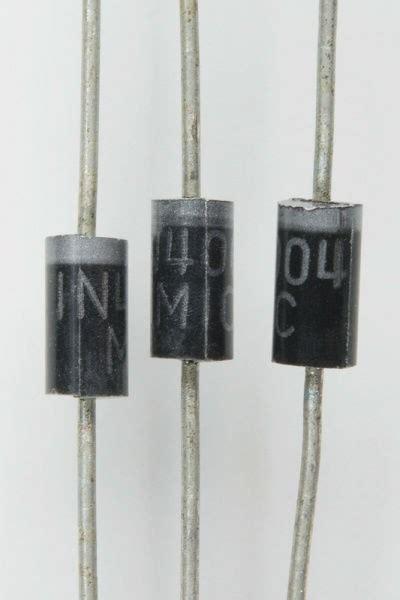 Работа по теме электронные приборы. doc. глава тема 3 полупроводниковые диоды. вуз бгуир.