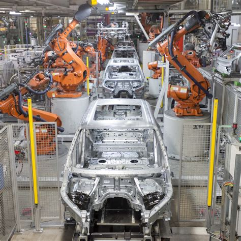 bmw reigns   nations largest vehicle exporter gdc