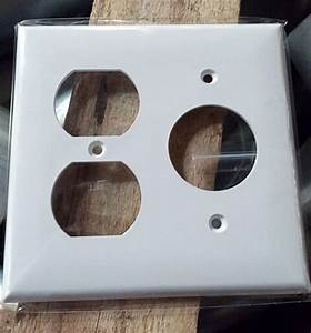 2 Single Receptacle Outlet Wall Plate Cover