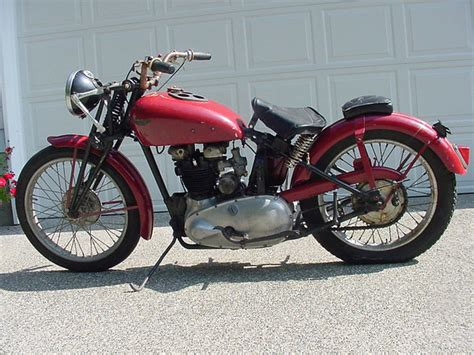 Triumph Speed 1938 by Geekbobber 1938 Triumph Speed